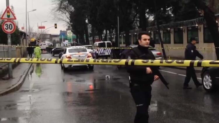 İstanbul'da Bayrampaşa Çevik Kuvvet  Şube Müdürlüğü'ne bombalı saldırı