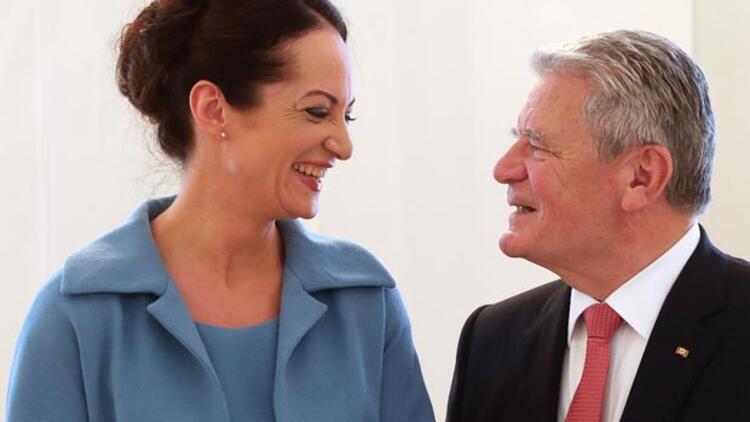 Gauck'tan 24 kadına liyakat nişanı