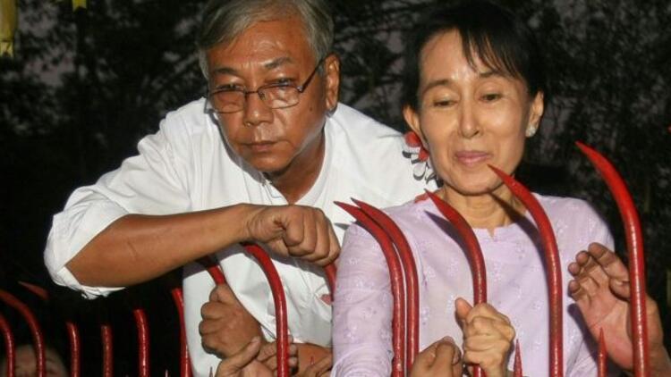 Myanmar Meclisi, yarım asırın ardından ilk sivil cumhurbaşkanını seçti: Htin Kyaw