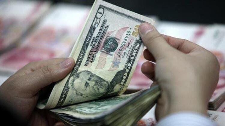 Piyasalar Merkez'i bekliyor, dolar hafif yükseldi