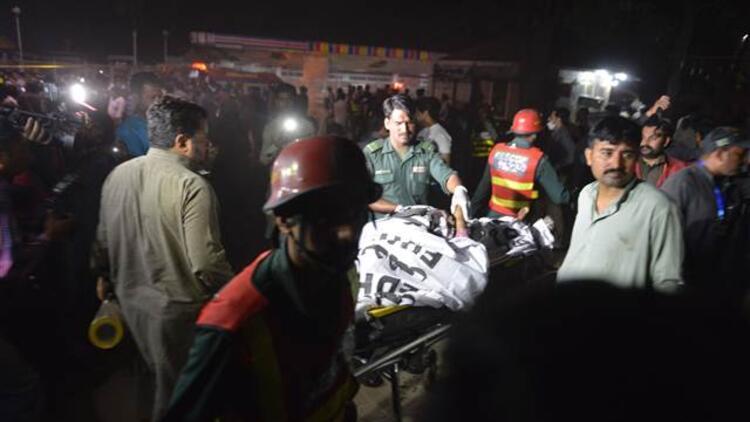 Pakistanda patlama: 70 ölü