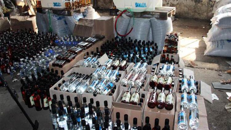 İstanbul'da 7 bin şişe sahte içki ele geçirildi