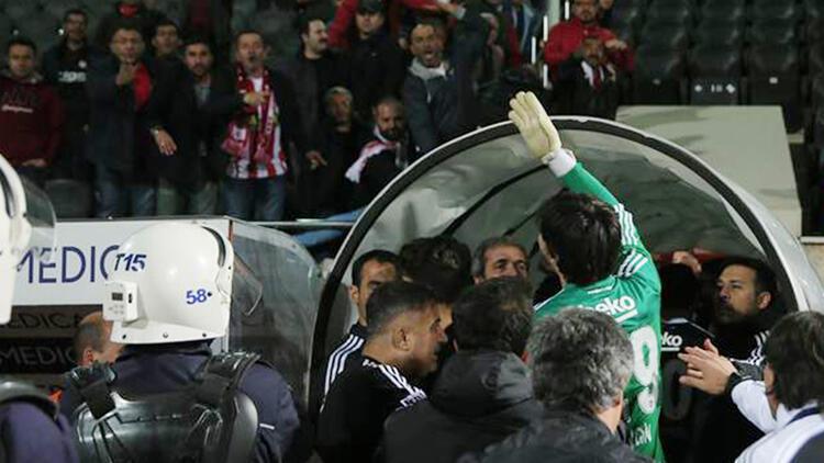 Tolga Zengin Sivasspor taraftarıyla tartıştı