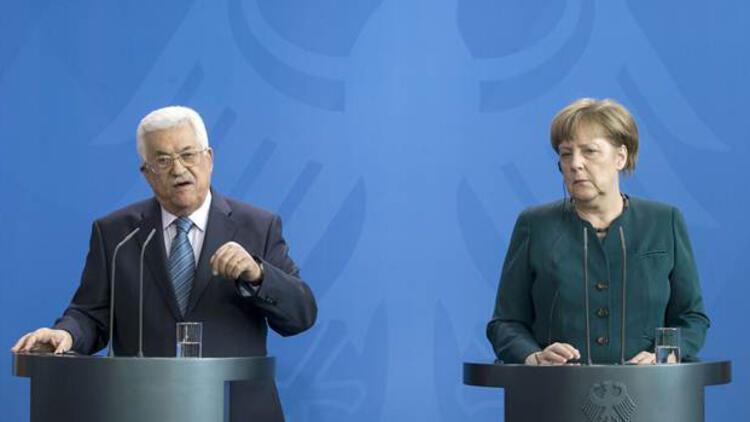 Merkel, İsrail'in yerleşim politikasını eleştirdi