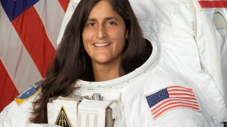 Rekortmen astronot İzmir'e geliyor