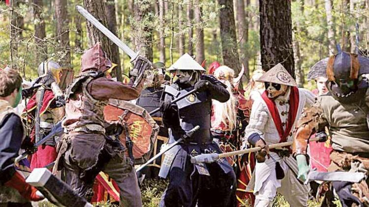Ormanda savaş oyunu