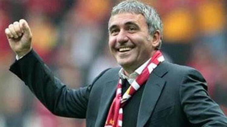 Galatasaray-Beşiktaş derbisinde Hagi sürprizi!