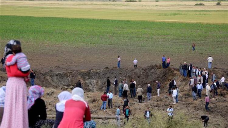 Diyarbakır'daki patlamada köylüler izin vermeyiz dedi, PKK'lılarla çatışma çıktı