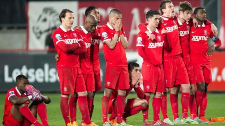 Twente küme düşürüldü