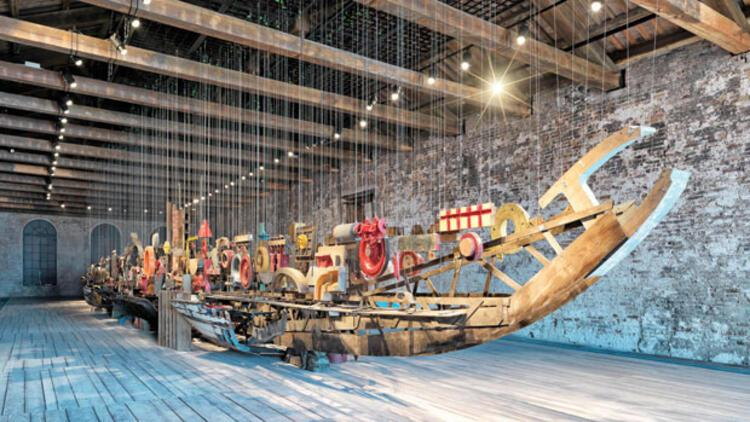 Venedik ve İstanbul'u buluşturan tekne