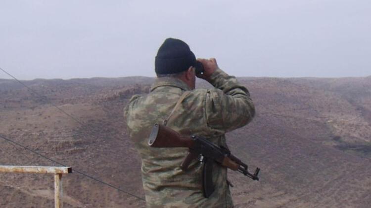 Hakkari'de teröristler köy korucusunu şehit etti