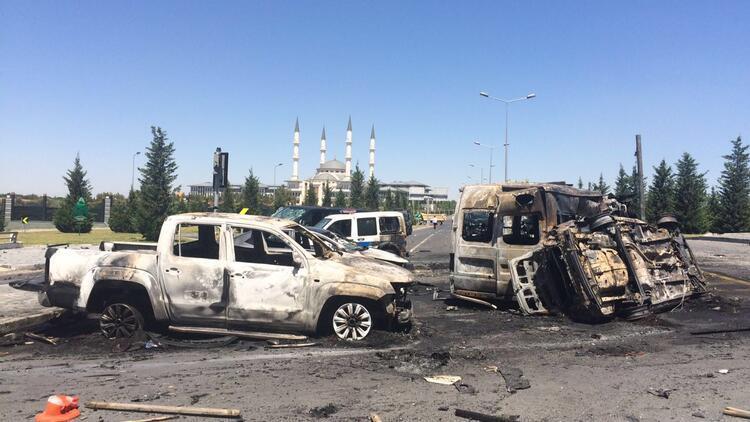 Cumhurbaşkanlığı Külliyesi yakınlarına 2 adet bomba atıldı: 5 şehit