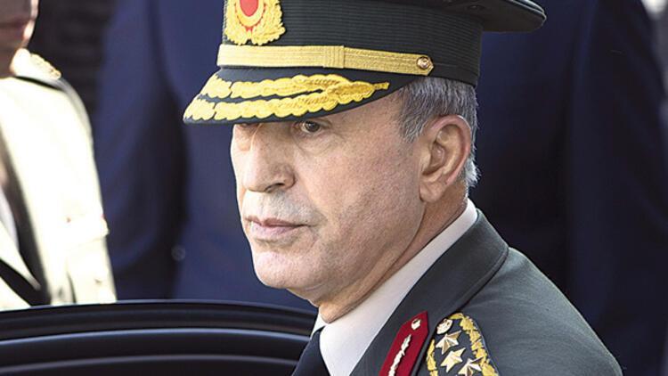 Orgeneral Hulusi Akar, Tümgeneral Mehmet Dişli'ye böyle bağırmış: Manyak mısın