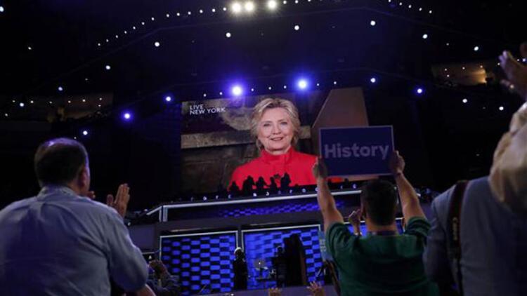 Hillary Clinton ABD tarihine geçti