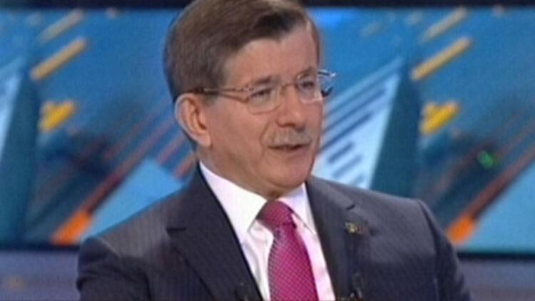 Ahmet Davutoğlundan düşürülen Rus uçağı açıklaması