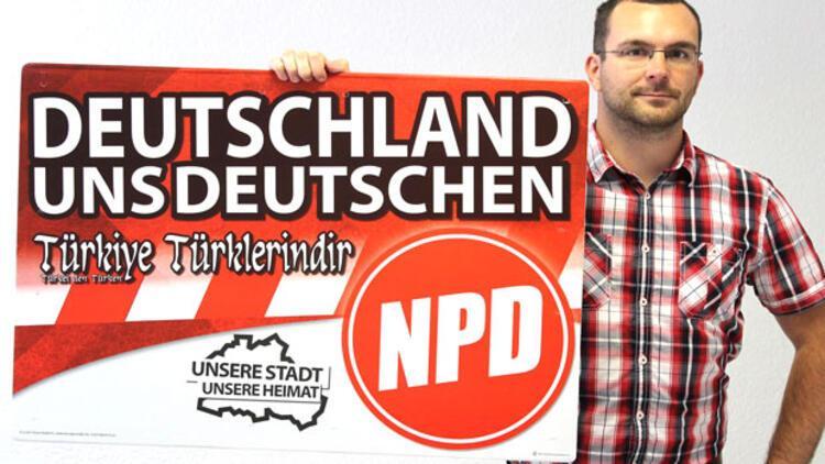 Aşırı sağcı NPD'den kışkırtan seçim afişi