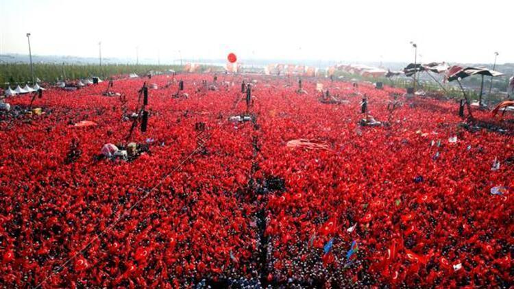 Yenikapıdaki mitinge kaç milyon kişi katıldı