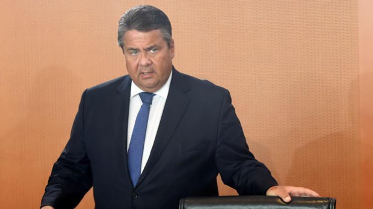 Sigmar Gabriel: Türkiye, önümüzdeki 10-20 yıl daha AB'ye üye olamaz