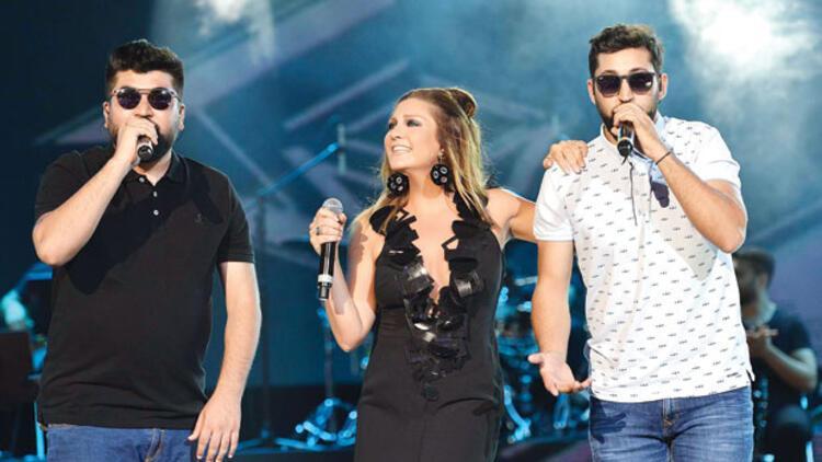 Sibel Can, Açıkhava'da konser verdi