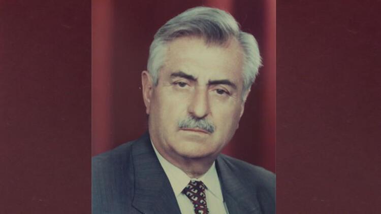Şair, hukukçu, eski milletvekili Özdemir hayatını kaybetti