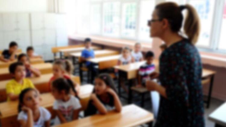 MEB'de 11 bin 285 öğretmen açığa alındı