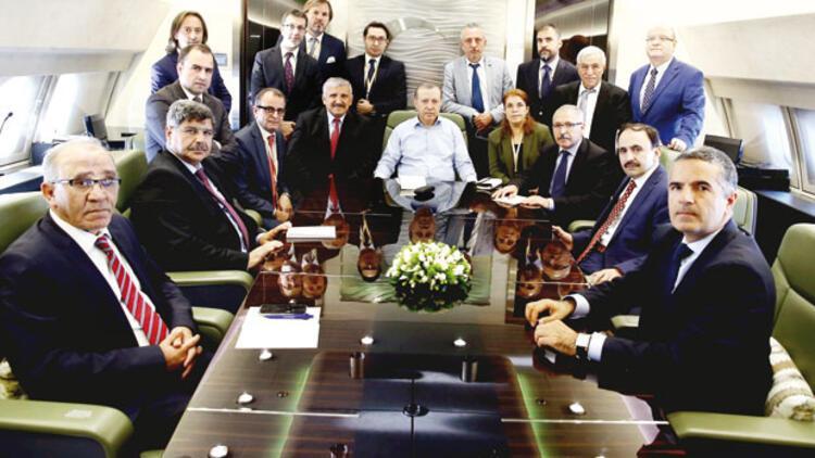 Erdoğan'dan Zarrab'ın hâkim ve savcısına: FETÖ yedirip içirdi