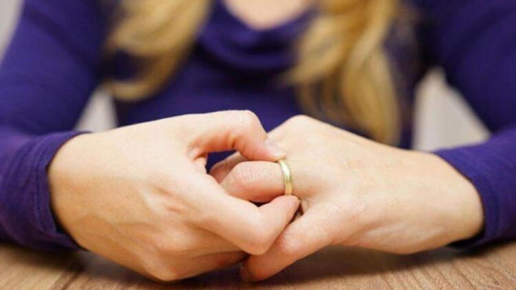 Yargıtay'dan evlenen kadınlara kıdem tazminatı uyarısı