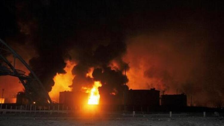 Türk işçilerin çalıştığı rafineride büyük patlama