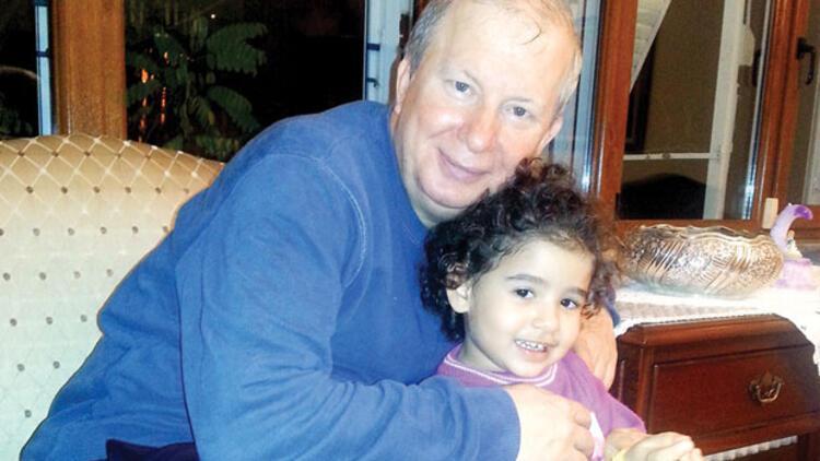 Kanser hastası doktordan kızına kitap