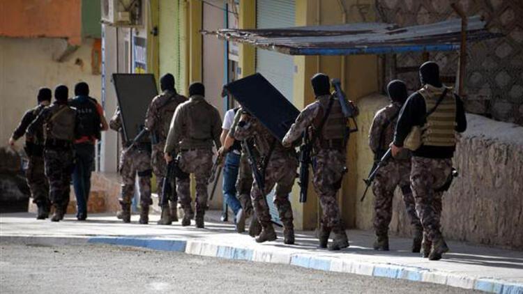 Son dakika haberi: Mardin Derik'te saldırı sonrası geniş çaplı operasyon