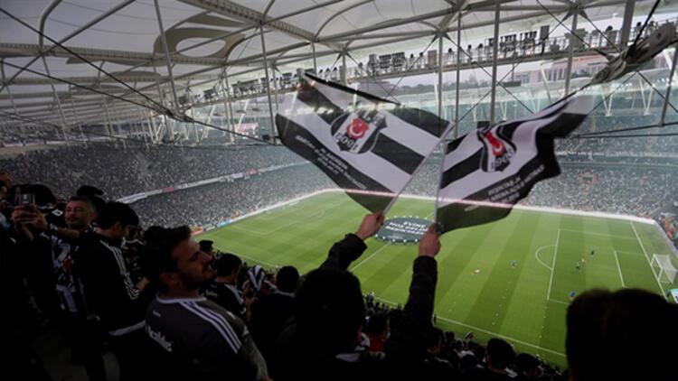 Beşiktaş taraftarından 1 dakikalık sessiz tezahürat