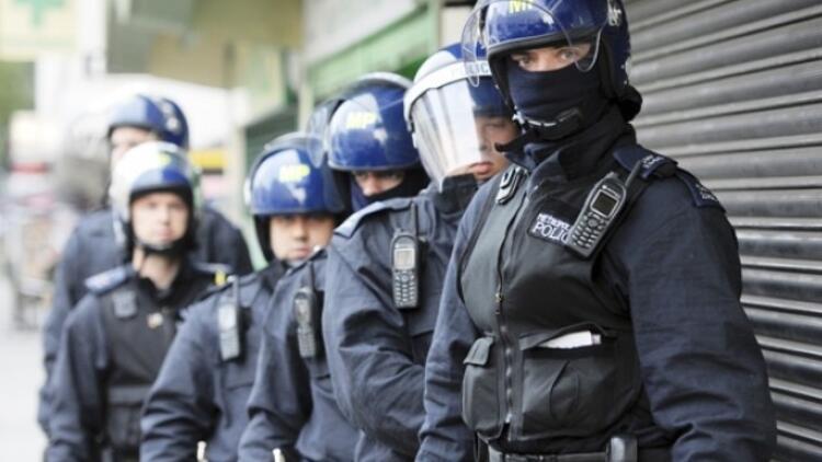 İngiltere ve Gallerde yüzlerce polis cinsel istismarla suçlanıyor