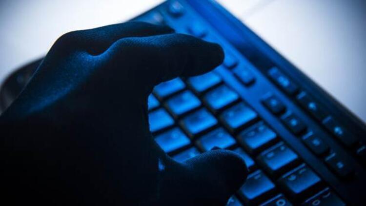 Bankaya saldıran hackerlar milyonlarca dolar götürdü