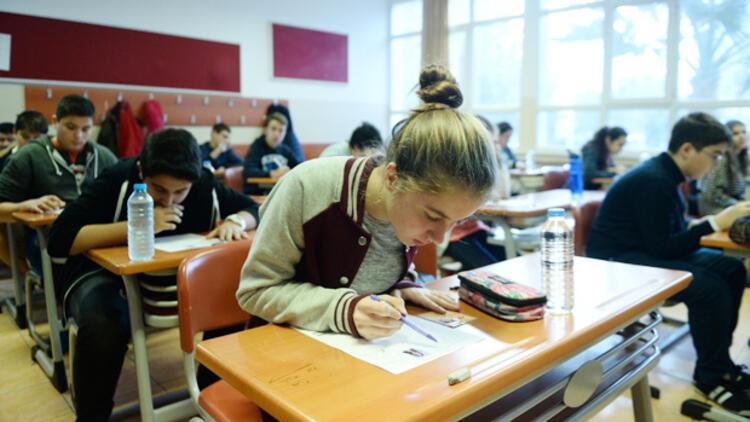 TEOG mazeret sınavında ilk gün oturumları tamamlandı