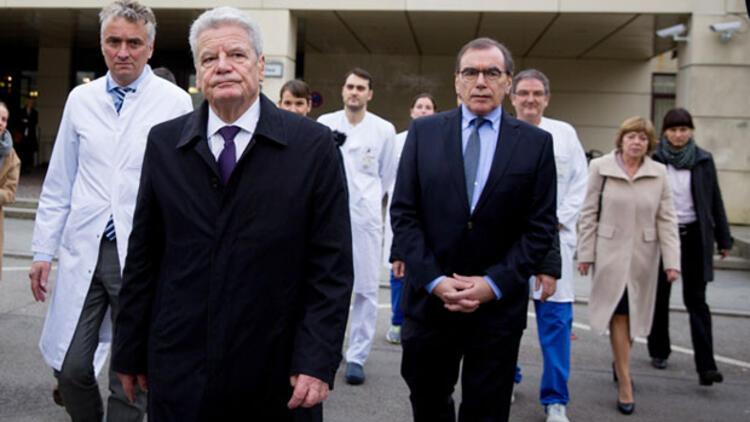 Cumhurbaşkanı Gauck, iki yaralıyı ziyaret etti