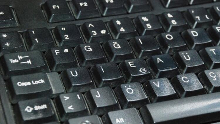 2017den itibaren kamu kurumları artık F klavyeye geçecek