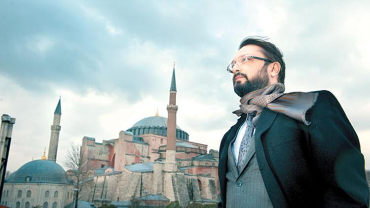 Türkiye, İslam coğrafyasının kalanına bakıp  durduğu yerin kıymetini bilmek mecburiyetinde