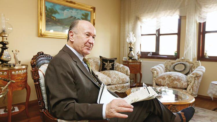 Ne kadar sızarlarsa sızsınlar Türk ordusunun ana gövdesi Atatürkçü ve laiktir