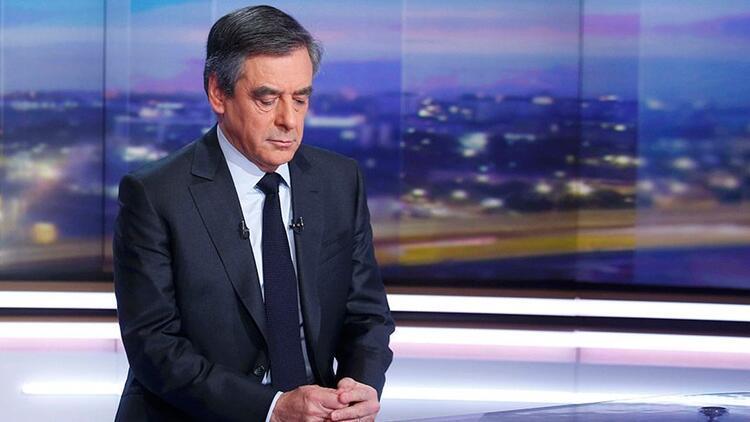 Fransa'da 3 bakana daha yolsuzluk suçlaması
