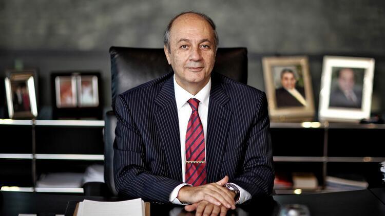 Tuncay Özilhan'a Estonya'dan bakanlık nişanı