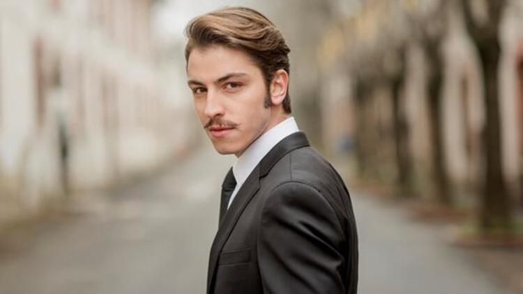 Vatanım Sensin dizisinin sevilen oyuncusu Leon (Boran Kuzum) kimdir?