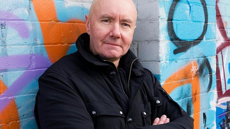 Trainspotting'in yazarı Irvine Welsh: 'Karanlık bir yola çıkmış gidiyoruz'