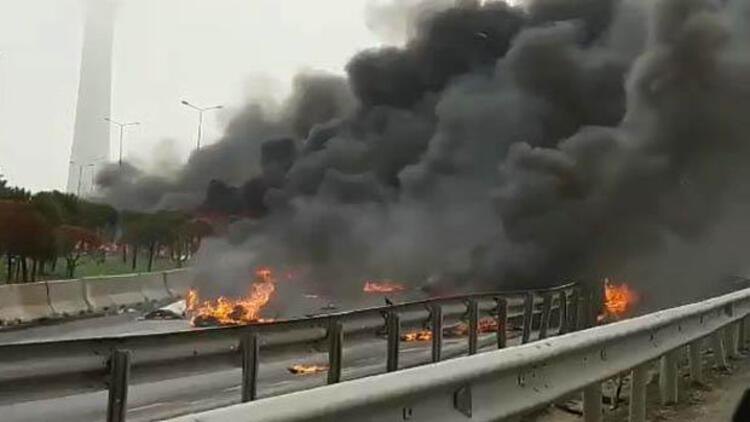 Son dakika: İstanbul Büyükçekmece'de helikopter düştü.. İşte ilk görüntüler