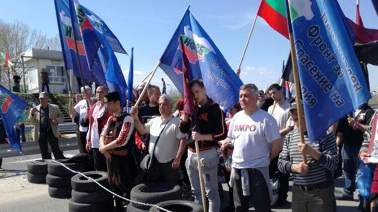 Bulgaristan yarın sandık başına gidiyor