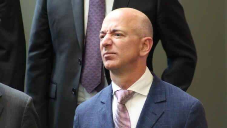 Jeff Bezos hisselerini satıyor