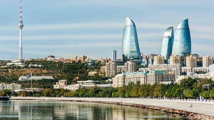 Azerbaycan'ın başkenti Bakü'de gezilecek yerler - Saffet Emre TONGUÇ   Köşe  Yazıları