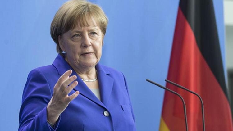 Merkel'den son dakika referandum açıklaması
