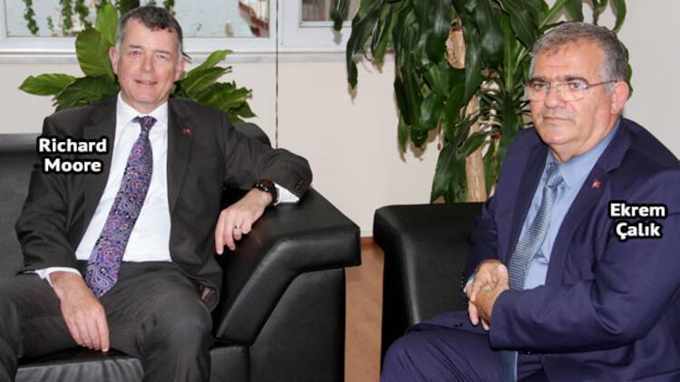 İngiliz Büyükelçi'den 'Tatile Türkiye'ye gelin' çağrısı