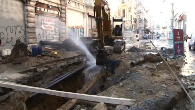 İstiklal Caddesi'nde kaza fıskiyesi