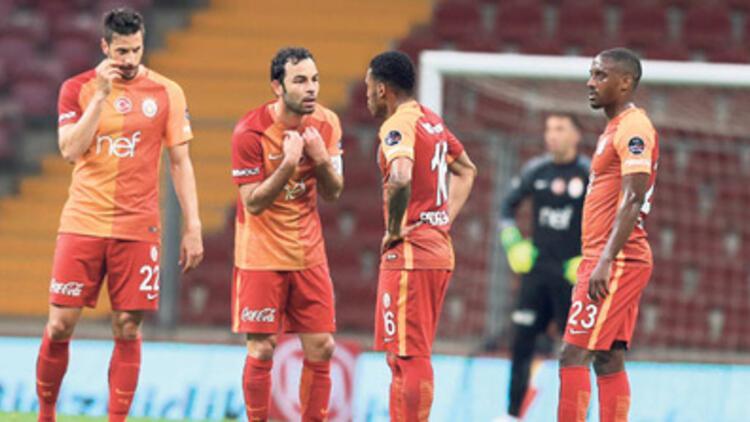 Galatasaray'da tarihi ceza!